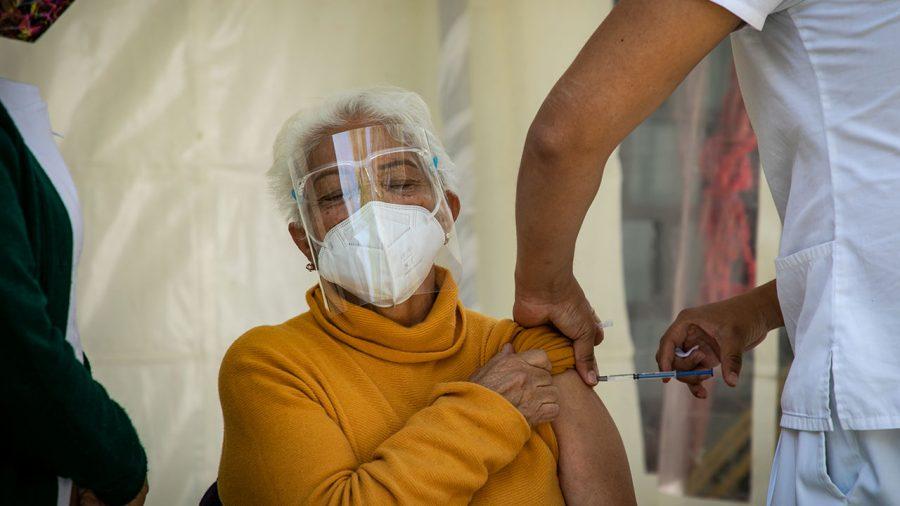 Hoy dio inicio la  vacunación contra Covid 19 a adultos mayores en la Ciudad de México.  Foto: © Oswaldo Ramírez / Forbes México 15 febrero 2021